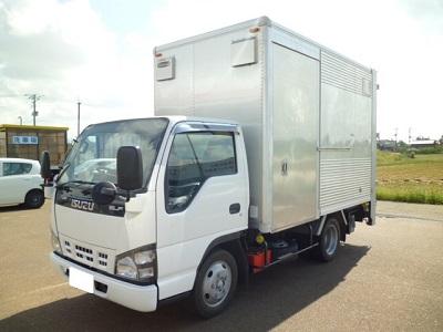 アカツカ トラック いすゞ エルフ アルミ箱バン レンタカー